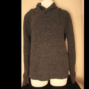 American Eagle Grey Pull Over Sweater